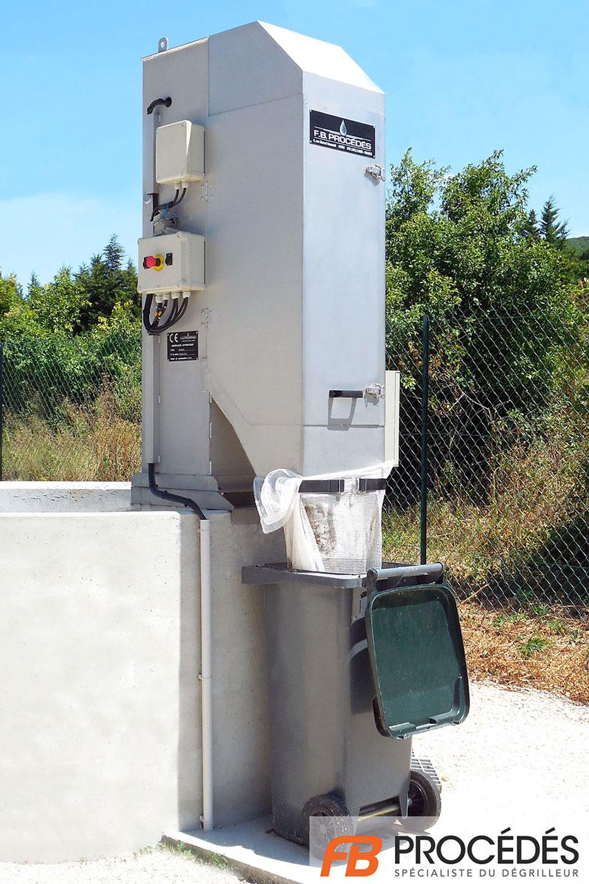 dégrilleur en poste traitement des eaux usées