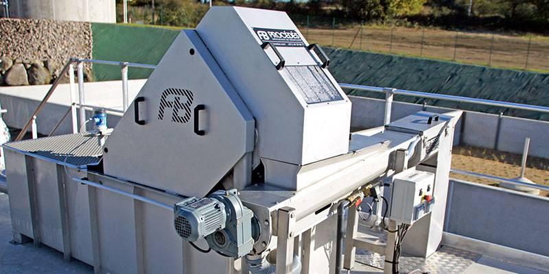 step bar-screen wastewater treatment